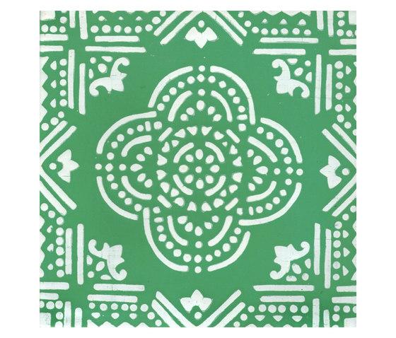 Madras Fondo bianco decoro verde di La Riggiola | Piastrelle/mattonelle per pavimenti