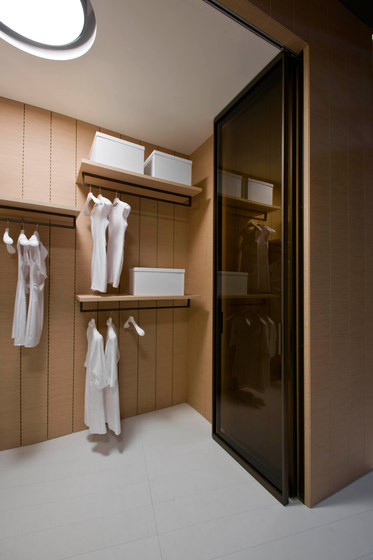 Continuum closet by TRE-P & TRE-Più | Shelves