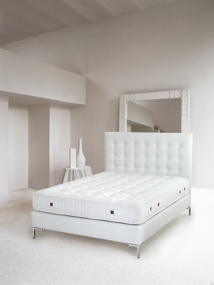 Sleeping Systems Collection Prestige | Mattress Silk Prestige by Treca Interiors Paris | Mattresses