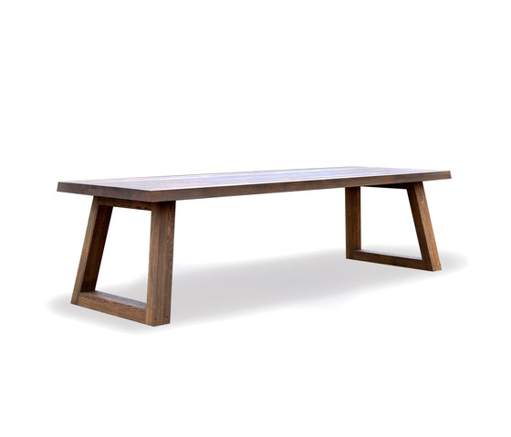 Slide Dining Table Savanne by Odesi | Restaurant tables