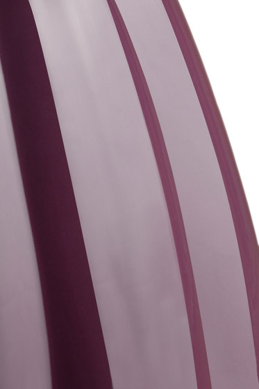 Oppiacei Senecio Cineraria violet von Skitsch by Hub Design | Gartenhocker
