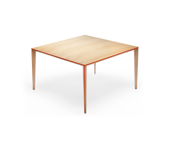 Ray Table small de Skitsch by Hub Design | Tables de restaurant