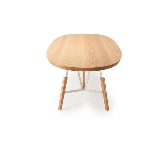 Stammtisch oval table de Quodes | Tables de restaurant