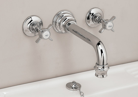 Heritage Basin flow spout by Devon&Devon | Wash basin taps