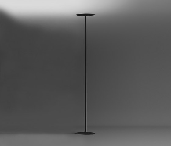 Skan Floor lamp by Vibia | General lighting