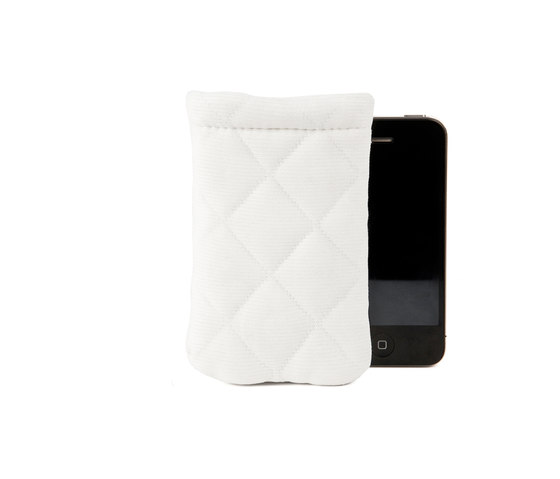 Quilted iPhone Sleeve by OBJEKTEN | Laptop / Tablet sleeves / Phone cases