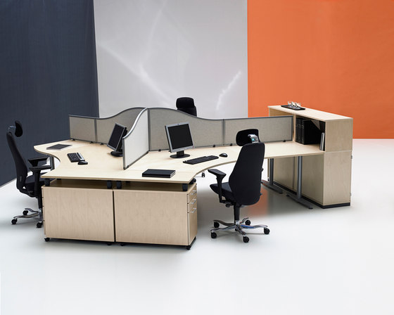 Series[T] by Kinnarps | Desking systems