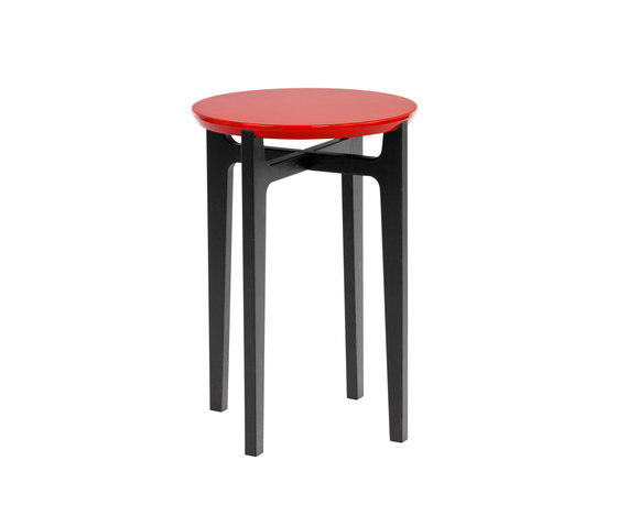 Academy BT-40 Beistelltisch by Christine Kröncke | Side tables