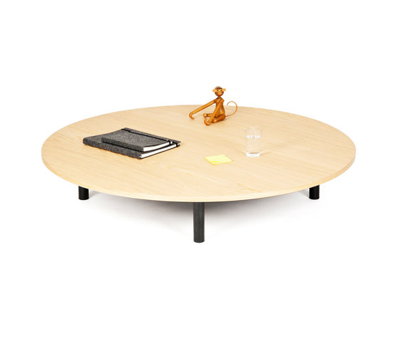 Low Table Round by OBJEKTEN | Coffee tables
