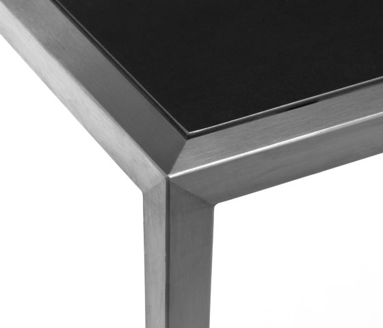 Stiletto Beistelltisch de Christine Kröncke | Tables d'appoint
