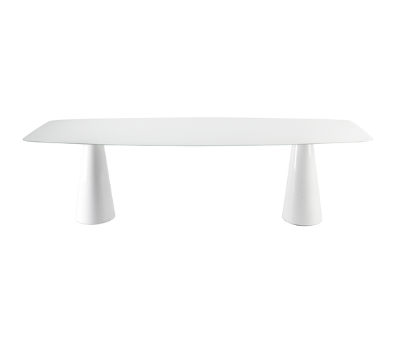 Oui by Kartell | Dining tables