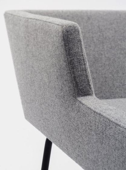 Florian Chair by De Vorm | Chairs
