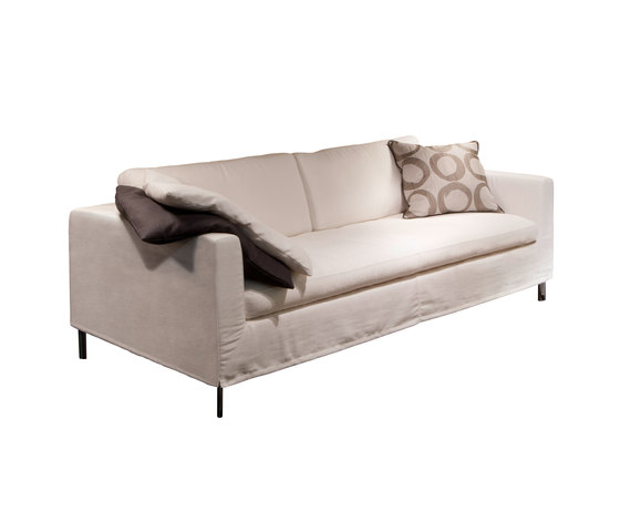 Byblos Sofa by Christine Kröncke | Lounge sofas