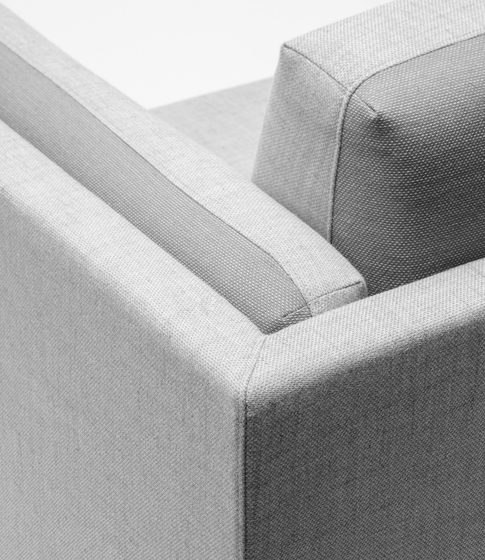 Arnhem Loveseat 71 by De Vorm | Lounge chairs