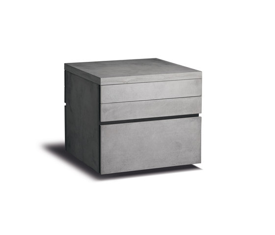 Modulküche HOG Aufbewahrungsmodul di steininger.designers | Cucine componibili