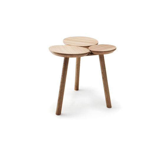 July Stool / Table de Nikari | Taburetes