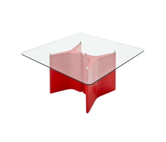 Tee by Segis | Lounge tables