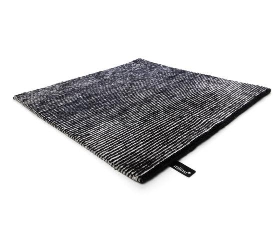 Jaybee solid pure black von Miinu | Formatteppiche / Designerteppiche