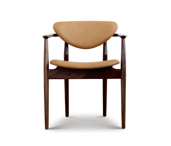 109 Chair by House of Finn Juhl - Onecollection | Chairs
