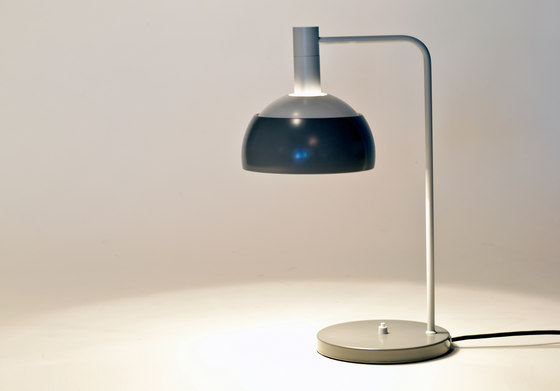 Table Lamp di onecollection | Illuminazione generale