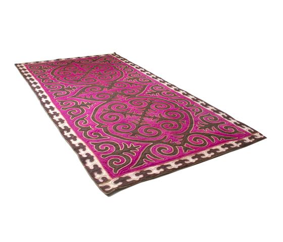 Ösgön von karpet | Formatteppiche / Designerteppiche
