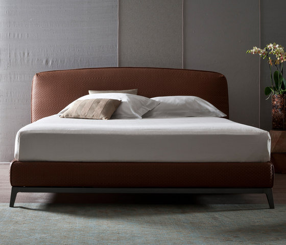 Olivier Bed Pelle intrecciata by Flou | Double beds