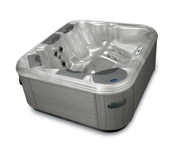 Spa & Wellness SP451 by Villeroy & Boch | Hydromassage baths