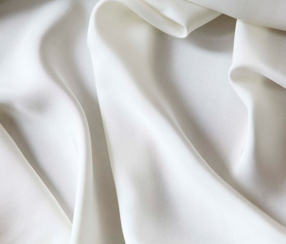 Silk by Christian Fischbacher | Bed covers / sheets