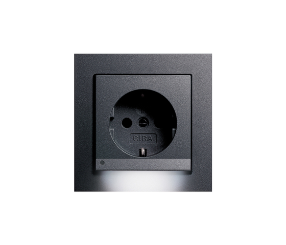 E2 | LED socket outlet by Gira | Schuko sockets