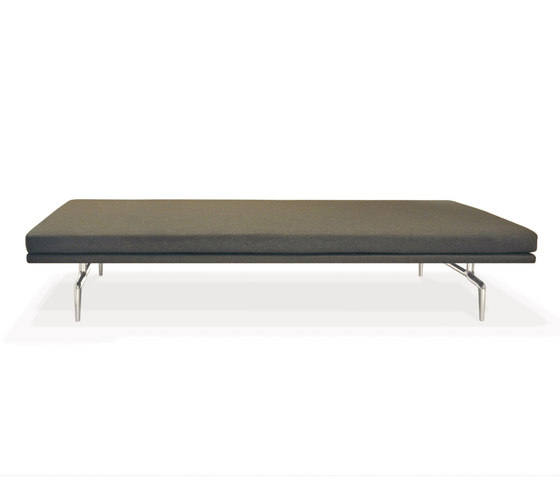 Lenao Bench by PIURIC | Waiting area benches