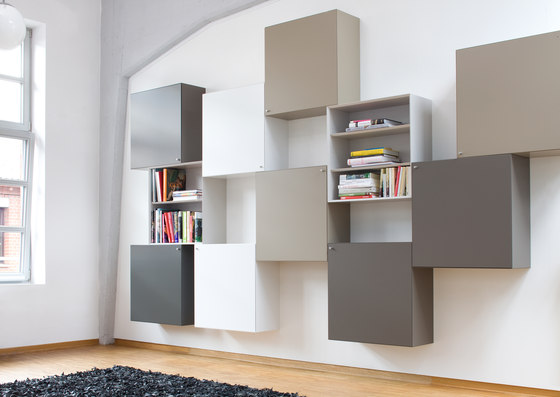 Quaro by Flötotto | Wall storage systems