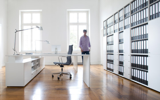 Quaro by Flötotto | Office shelving systems