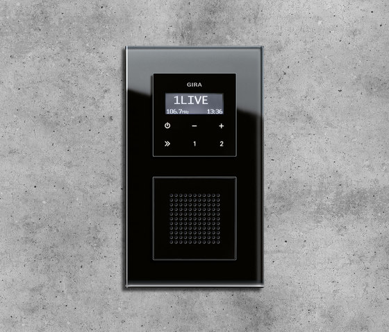 Esprit Glass | Flush-mounted radio by Gira | Radio systems