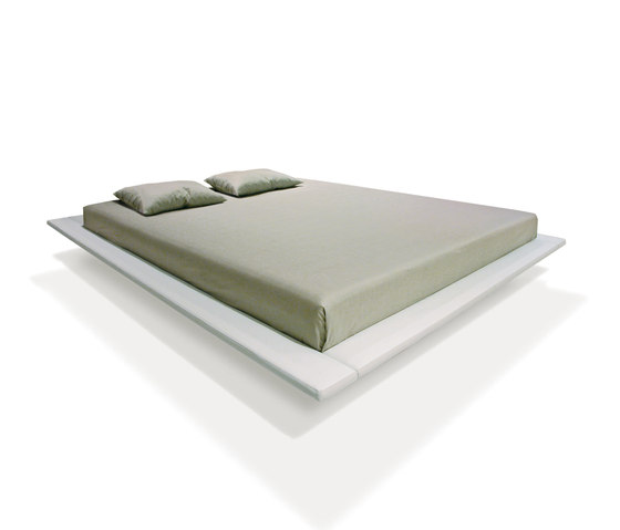 Sp Bed by PIURIC | Double beds