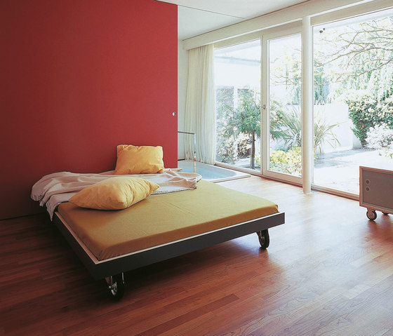 bed t-line by performa | Double beds