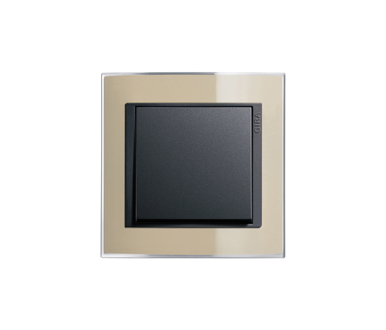 Event Clear   Switch range by Gira   Push-button switches