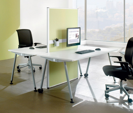 TriASS Furniture range by Assmann Büromöbel | Individual desks