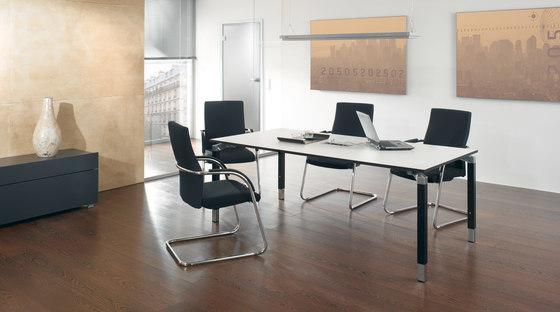 Antaro Schreibtischsystem von Assmann Büromöbel | Objekttische