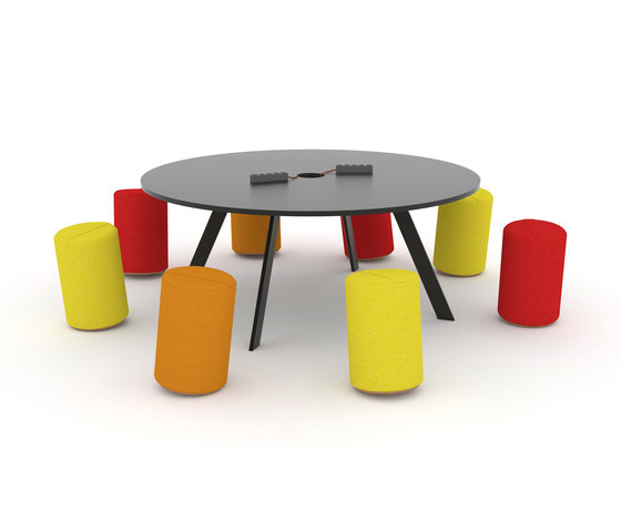 K2 Meeting by JENSENplus | Meeting room tables