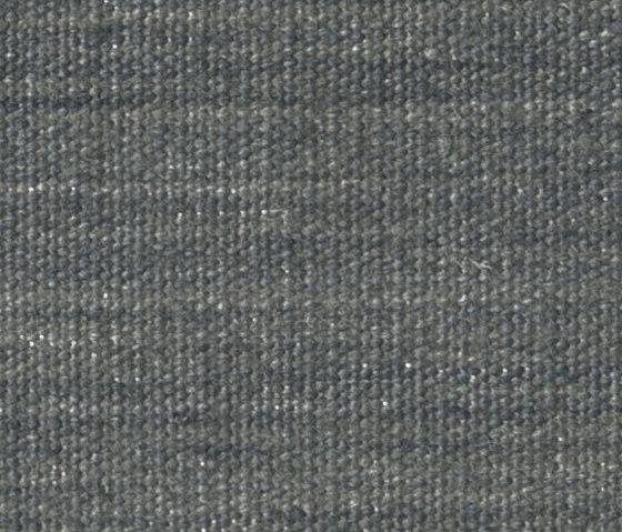 Vintage Plain - 0769 von Kinnasand | Formatteppiche / Designerteppiche