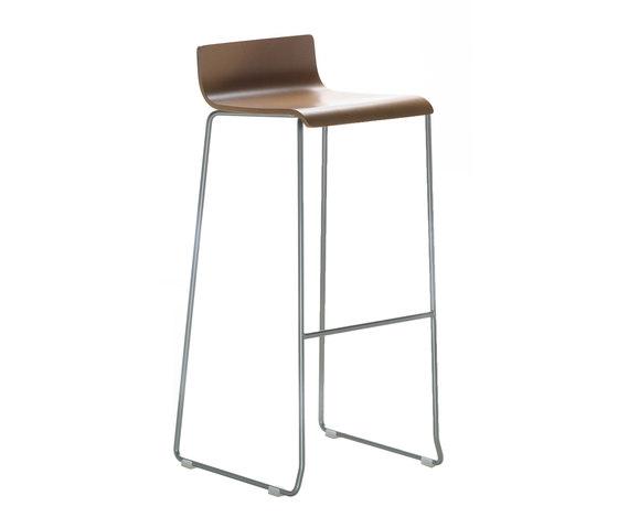 Noa Stool h75 by ONDARRETA | Bar stools