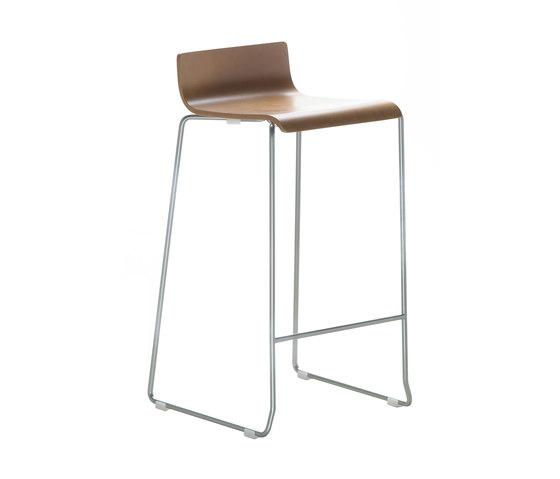Noa Stool h65 by ONDARRETA | Bar stools