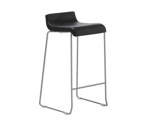 Nova Stool h65 by ONDARRETA | Bar stools
