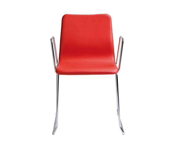 Nova Chair with armrests by ONDARRETA | Visitors chairs / Side chairs