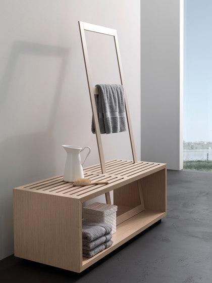 spirit Inspiration 11 | Sitzbank mit Handtuchhalter Eiche hell by talsee | Stools / Benches