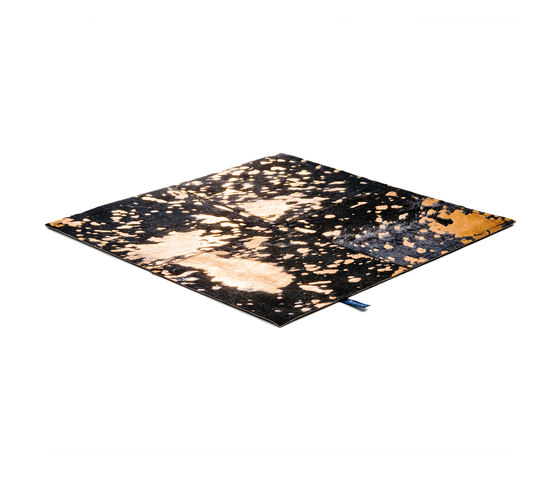 Body & Soul black gold by kymo | Rugs / Designer rugs