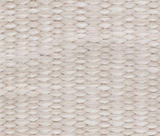 Neo Flat #2 nature white von kymo | Formatteppiche / Designerteppiche