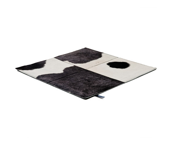 Rare Soul Premium white & black by kymo | Rugs