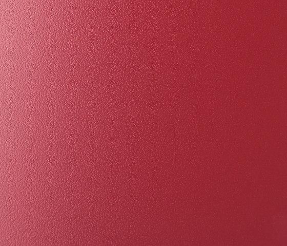 LuxMat® Laquée operared by Sevasa | Hinged doors