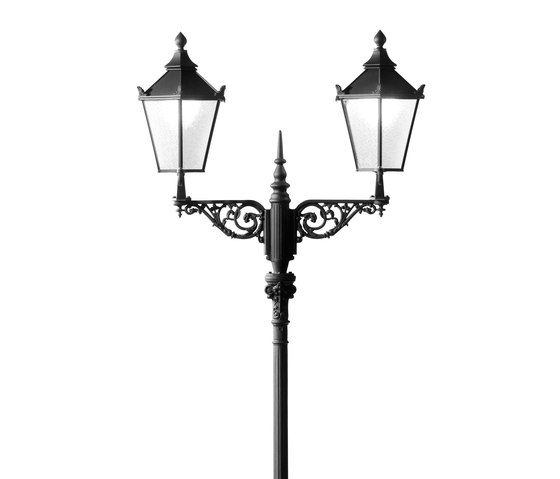 Alt Karlsruhe double Pole mounted luminaire with bracket by Hess | Path lights